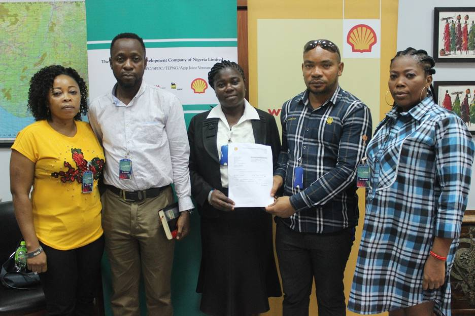 L-R: Beneficiaries of The Shell Petroleum Development Company of Nigeria Limited Training and Empowerment Programme for Bonny Youths: Elizabeth Jumbo, Blessing Beresiri, Christopher Irimagha, George Banigo, and Christiana Green at a ceremony in Port Harcourt to mark the completion of the programme… recently.