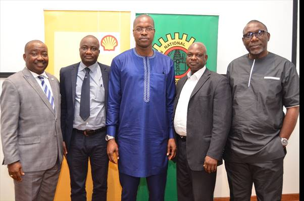 L-R: Encroachment Management Lead, The Shell Petroleum Development Company of Nigeria Limited (SPDC), Ucheoma Amechi; External Relation Manager, Shell Nigeria Gas, Babatunde Olaleke; SPDC's General Manager, External Relations, Igo Weli; Compliance Monitoring Lead, Temitope Ajibade; and Right-of-Way and Encroachment Lead, Okojie John, at a media workshop on Pipeline Right of Way held in Lagos… on Thursday.