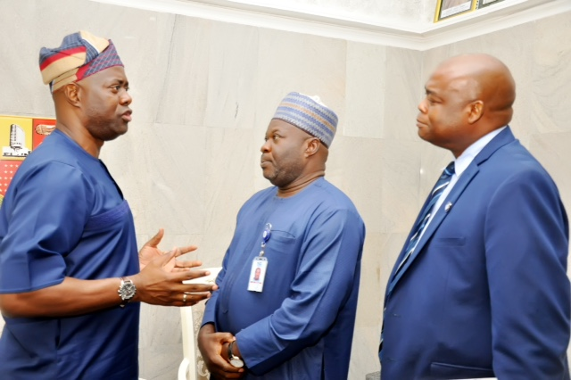 2: From left, Oyo State Governor, Mr Seyi Makinde; Head Emergency Communication Center, Nigeria Communications Commission (NCC), Mr Muhammad Ibrahim and South-West Zonal Director  during the NCC management team courtesy visit to Governor's Office, Ibadan. PHOTO: Oyo State Government.
