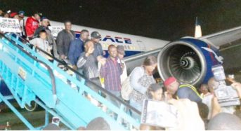 Another 320 Nigerians Return Today From S/Africa