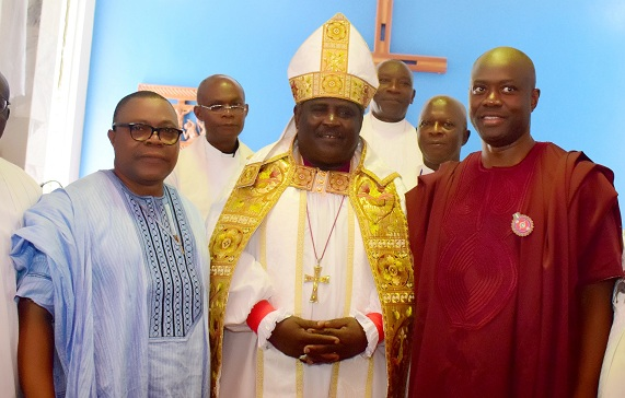 From right, Oyo State Governor, Engr Seyi Makinde, Lord Bishop of Ibadan Anglican Diocese, Most Rev. Joseph Akinfenwa and chairman church council of All Saint Church, Jericho, Ibadan, Chief Emmanuel Adebunmi during the 60th anniversary of the church on Sunday. PHOTO: Oyo State Government.