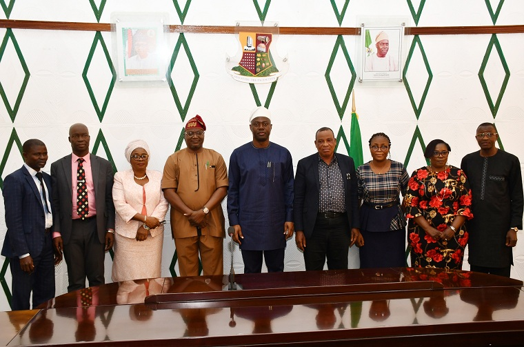 Oyo State Governor, Engr Seyi Makinde (middle) with the State Steering committee for Oyo State World Bank Supported Nigeria Erosion and Watershed Management Project (NEWMAP), during the inauguration of the committee held at Exco chamber, Governor's Office Secretariat, Ibadan. PHOTO: Oyo State Government.