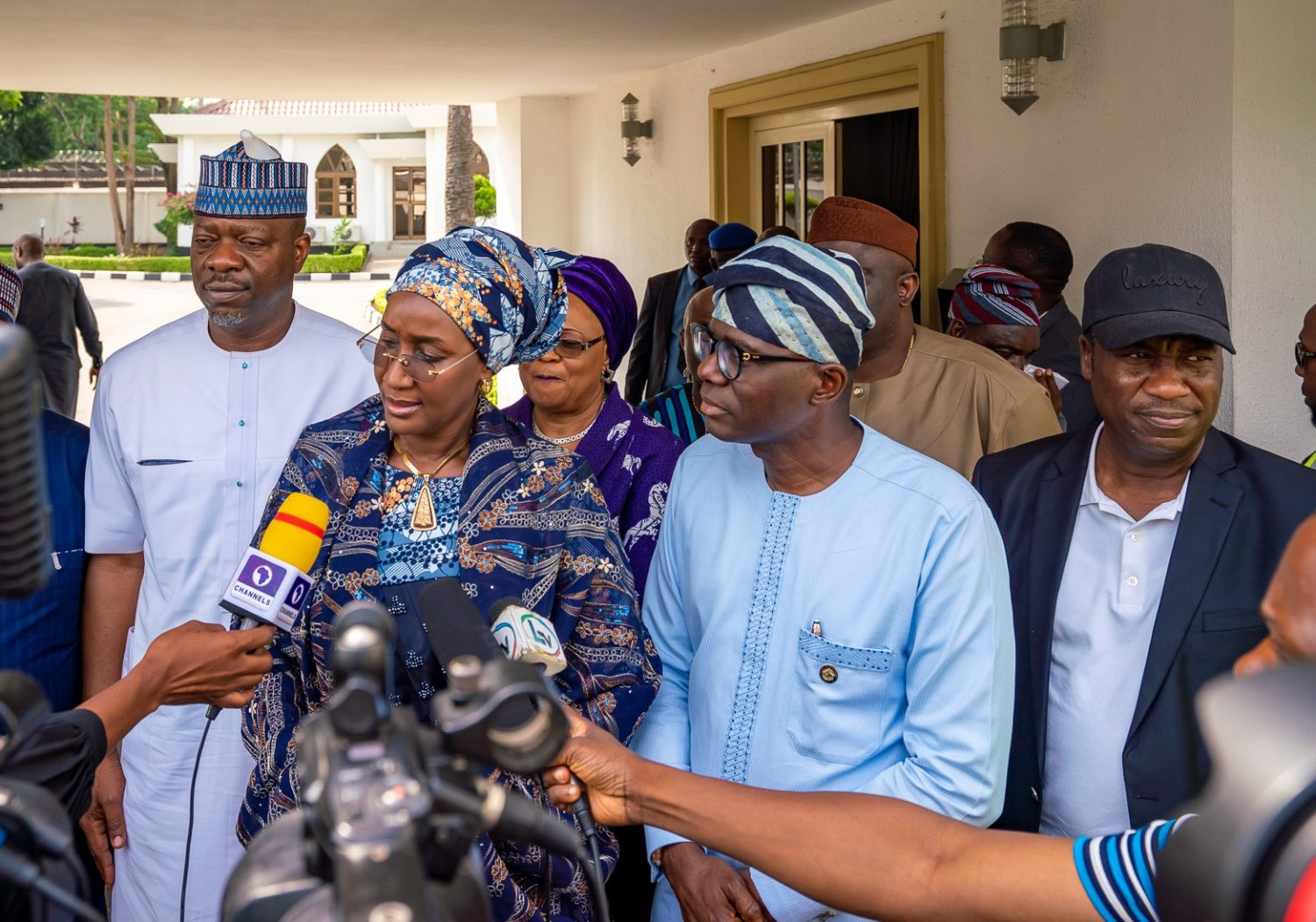 L-R: Chairman, House Committee on Emergency and Disaster, Hon. Tunji Olawuyi; Minister of Humanitarian Affairs, Disaster Management and Social Development, Hajiya Sadiya Umar Farouq; Lagos State Governor, Mr. Babajide Sanwo-Olu and his deputy, Dr. Obafemi Hamzat briefing journalists during a commiseration visit over the recent Abule-AdoSoba explosions at Lagos House, Marina, on Wednesday, March 18, 2020.