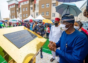 Lagos State Governor, Mr. Babajide Sanwo-Olu (middle), addressing guests and stakeholders during the commissioning of Ikate Elegushi Lekki Apartments in Lekki, on Thursday, May 28, 2020. Seated from right to left: Elegushi of Ikateland, Oba Saheed Elegushi, Kusenla III; Chief of Staff to the Governor, Mr. Tayo Ayinde; Deputy Governor, Dr. Obafemi Hamzat and Commissioner for Housing, Mr. Moruf Akinderu Fatai.