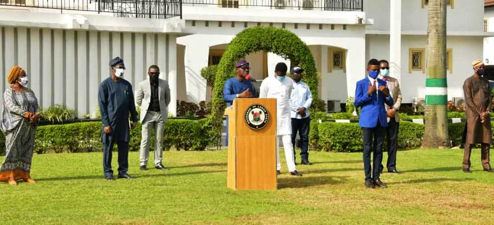 Lagos State Governor, Mr. Babajide Sanwo-Olu, briefing on the State's guidelines and protocols for the second phase of the gradual easing of C0VID-19 lockdown, at Lagos House, Marina, on Thursday, June 4, 2020. With him (L-R): Secretary to the State Government, Mrs. Folasade Jaji; Deputy Governor, Dr. Obafemi Hamzat; Commissioner for Finance, Dr. Rabiu Olowo; Head of Service, Mr. Hakeem Muri-Okunola; Attorney General and Commissioner for Justice, Mr. Moyo Onigbanjo (SAN) and Chief of Staff to the Governor, Mr. Tayo Ayinde.
