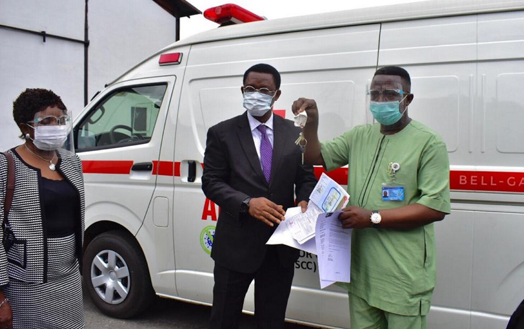 L-R; ; Head Zonal Office Securities and exchange Commission (SEC) Port Harcourt ,Mr. Obi Adindu and Representative of Rivers state Gov, Rivers state Commissioner for Health, Mr. Chike Princewill testing the Ambulance donated to Rivers state Government by the Capital Market Support committee on COVID-19 in Port Harcourt