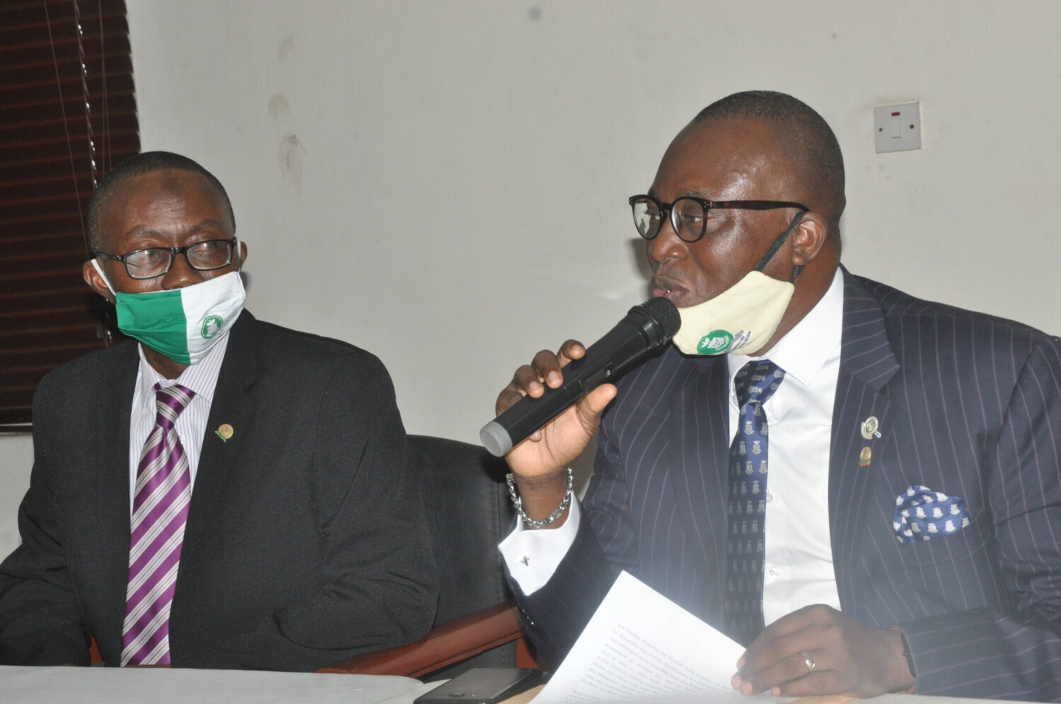 (L-r) Fatai Adegbenro, Executive Secretary/CEO, Nigerian Council of Registered Insurance Brokers (NCRIB) and Tunde Oguntade, Vice President/representative of President,  NCRIB, during the annual general meeting of the National Association of Insurance and Pension Correspondents in Lagos on Wednesday. 29/7/2020