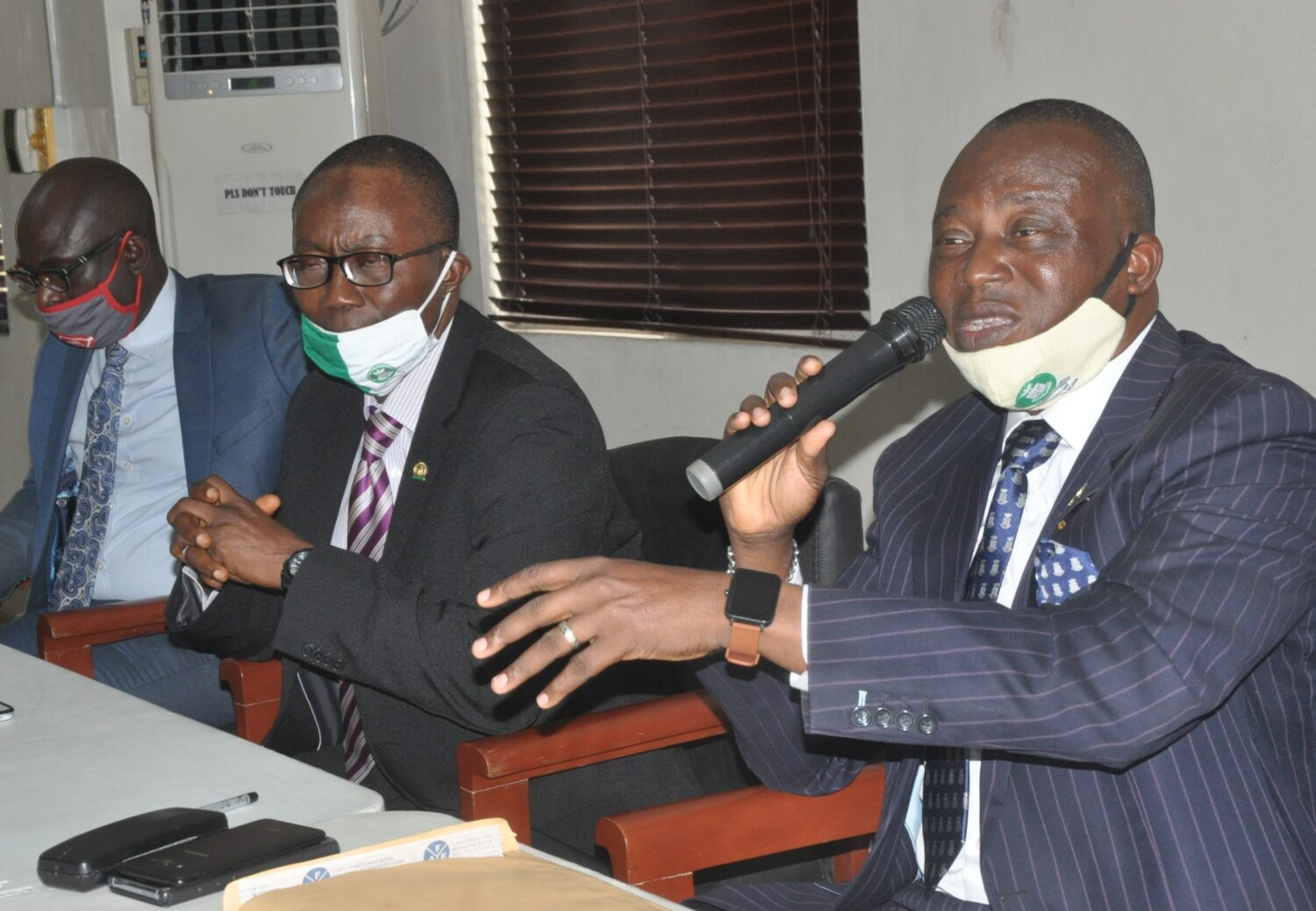 (R-l) Tunde Oguntade, Vice President/representative of President, Nigerian Council of Registered Insurance Brokers (NCRIB); Fatai Adegbenro, Executive Secretary/CEO, NCRIB, and Tope Adaramola, Assistant Executive Secretary, during the institute's presentation at the annual general meeting of the National Association of Insurance and Pension Correspondents in Lagos on Wednesday. 29/7/2020