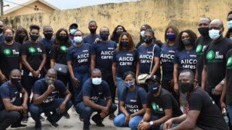 AIICO Photo News : AIICO Partners NGO To Feed Underprivileged Community