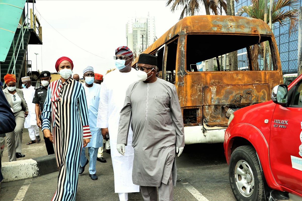 L-R: MD NPA, Hadiza Bala Usman, Representative ofChairman, Senate Committee on Marine Transport Senator Tolulope Oddebiyi, Senator Ibrahim Yahaya and Chariman, House Committee on Ports, Harbours and Waterways, Hon. Mohammed Garba Datti, during the inspection of NPA Headquarters that was attacked by unknown persons recently.
