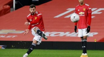 Fernandes free-kick earns Manchester United FA Cup win over Liverpool