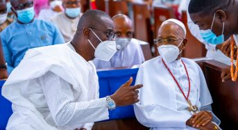 PHOTOS: GOVERNOR SANWO-OLU ATTENDS 85TH BIRTHDAY CELEBRATION OF HIS EMINENCE, DR. SUNDAY MBANG, THE PRELATE EMERITUS OF THE METHODIST CHURCH OF NIGERIA ON SUNDAY, AUGUST 29, 2021